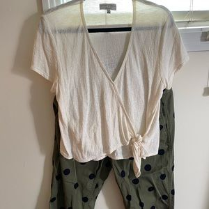 Madewell v-neck top & J Crew cotton cargo pants